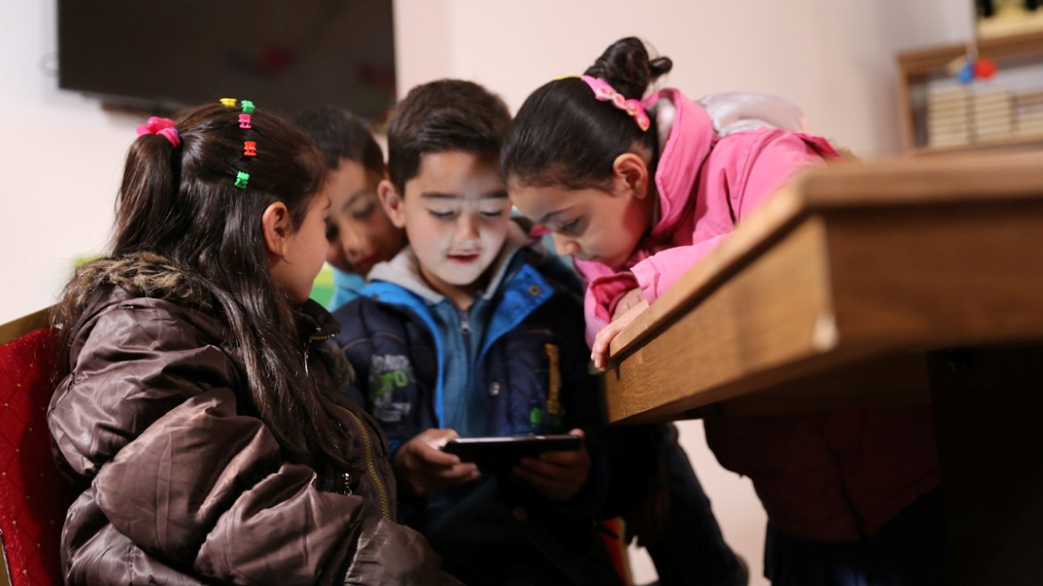 Everyone wants to play the EduApp4Syria games